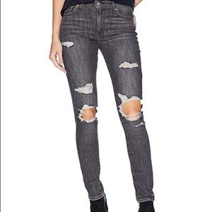 Levi's 721 High-Rise Skinny — NEW w/tags Size 30